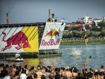 Red Bull Flugtag - Serbien Belgrad